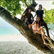 ครอบครัวคุณ Sukhu ST เกาะรอก จังหวัดกระบี่