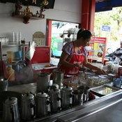 ร้านสามชัยกาแฟ (ข้างจวนผู้ว่าฯ) จ. อุบลราชธานี