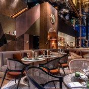 """เปิดเเล้ว """"มหานคร แบงค็อก สกายบาร์"""" ห้องอาหารเเละบาร์ที่สูงที่สุดในประเทศไทย!"""