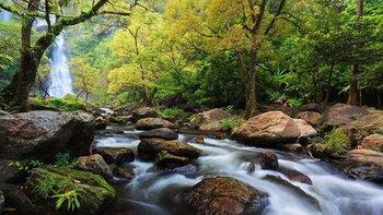 10 พิกัด เที่ยวน้ำตกหน้าฝน ในเมืองไทย สวยน่าไปสุดๆ