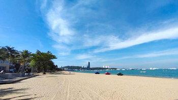 ภาพบรรยากาศชายหาดพัทยา เงียบเหงาไร้ผู้คนราวกับชายหาดร้าง!