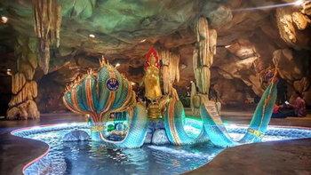 เที่ยววัดหลวงพี่แซม ชมมหัศจรรย์ ถ้ำลอดมหาจักพรรดิ์ หนึ่งเดียวในเมืองไทย!