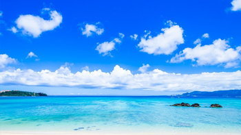 ทะเลโอกินาว่าดีต่อใจยังไง ทำไมต้องไปให้ได้? พร้อมไขความลับของน้ำทะเลสีฟ้ามรกต