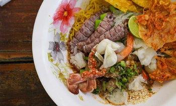 มังกรเย็นตาโฟทะเลเดือด! ตำนานร้านอร่อยแห่งเมืองจันทบุรี