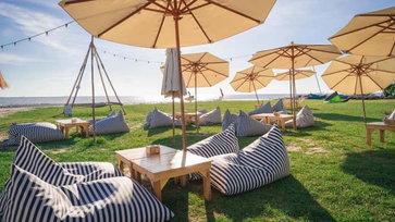 Secret Beach Cafe and Bistro คาเฟ่บนชายหาดลับ บรรยากาศดีใกล้กรุงเทพฯ