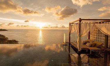 พาไปชมสระว่ายน้ำวิวสวย โลเคชั่นดีของ 6 โรงแรมหรูทั่วโลก