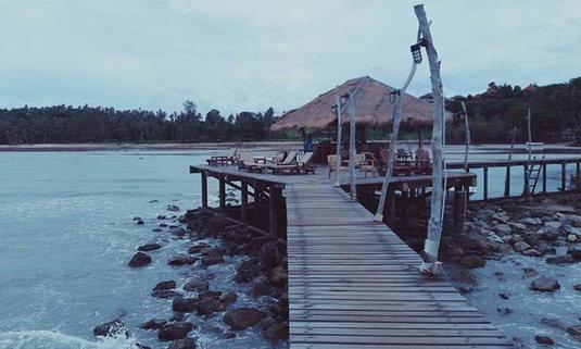 สะพานโคโค่เคป แลนด์มาร์คแห่งเกาะหมาก เก็บค่าเข้าชมคนละ 200 บาท ไม่เข้าฟรีอีกต่อไป