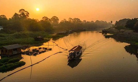 """""""Best Food Thai Carnival Uthaithani"""" มหกรรมอาหารสุดยิ่งใหญ่ริมแม่น้ำสะแกกรัง"""