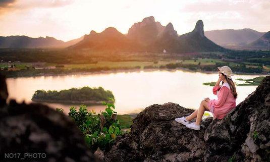 จุดชมวิวภูซับเหล็ก มุมลับๆ แห่งลพบุรี ที่สวยจนนึกว่าเมืองนอก!