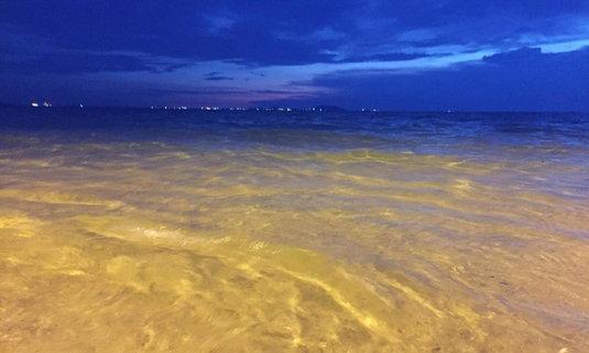 อัพเดตความใสของน้ำทะเลบางแสนวันนี้ ใสสะอาดน่าเล่นมาก!!