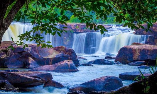 น้ำตกตาดโตน แหล่งท่องเที่ยวมหัศจรรย์ สวรรค์กลางป่า