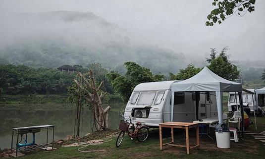 สวนละไม Natural Camp นอนรถบ้านสุดคูล ท่ามกลางบรรยากาศสุดโรแมนติก