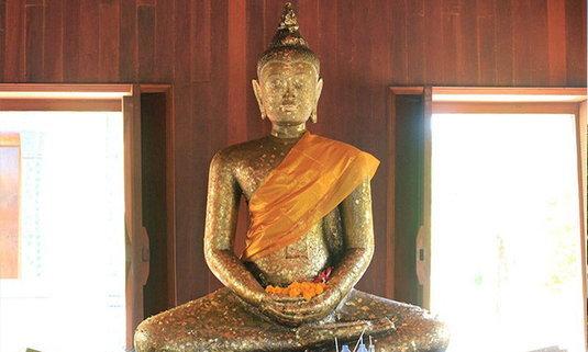 สักการะหลวงพ่อไกรทองวัดบ้านพราน ชมวัดเก่าแก่กว่า 800 ปี