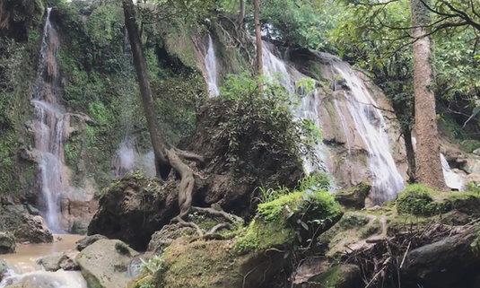 น้ำตกซับชมภู เพชรบูรณ์ ความอุดมสมบูรณ์แห่งหน้าฝน