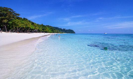 เกาะรอก (Rok Island) ราชินีแห่งอันดามัน เกาะสวรรค์กลางทะเล