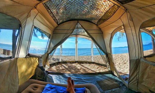 ลานกางเต็นท์หาดนภาธาราภิรมณ์ พิกัดลับนอนกางเต็นท์สุดชิลริมทะเล