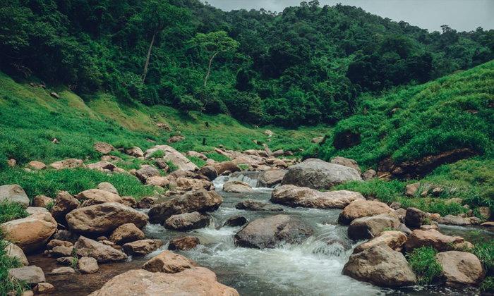 น้ำตกช่องลมดินแดนในฝันที่หลบซ่อนอยู่ในเขื่อนขุนด่านปราการชล