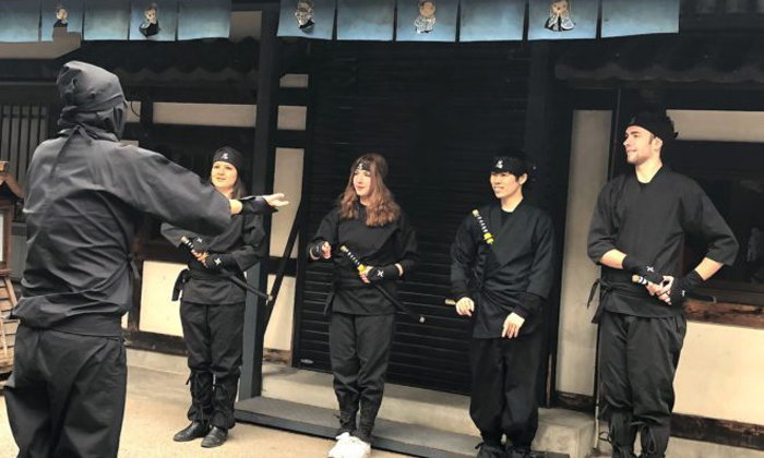 """สัมผัสประสบการณ์การเป็นนินจาไปกับคาเฟ่ธีมนินจาแห่งแรกในญี่ปุ่น """"NINJA Café  and  Bar"""""""