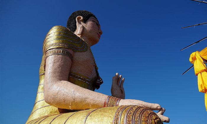 พาไปชมพระพุทธรูปสานด้วยไม้ไผ่ใหญ่ที่สุดของเมืองไทย!
