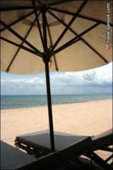 ชายหาดบริเวณหน้า Bamboo Village Beach Resort & Spa