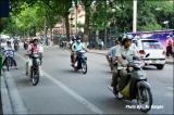 บนท้องถนนในฮานอย