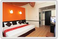โรงแรมโรมเพลส (ภูเก็ต)