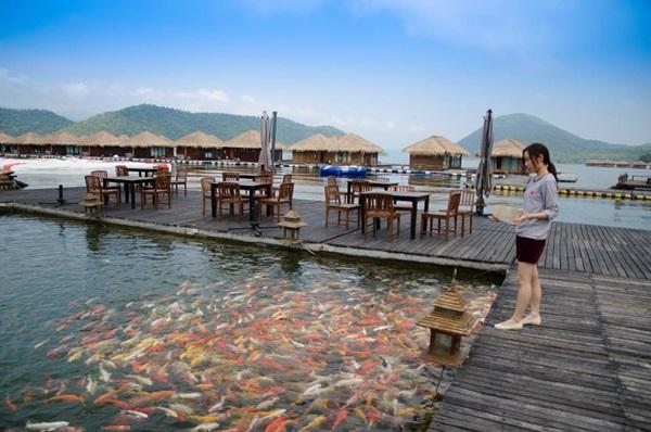 รักน้ำรีสอร์ท กาญจนบุรี สะพานปลา