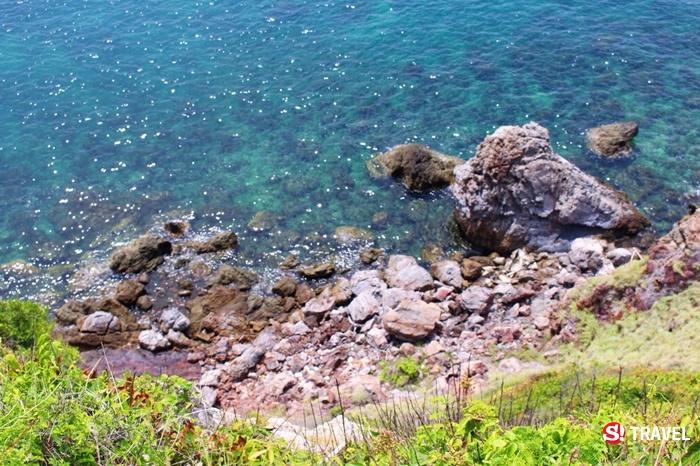 น้ำทะเลใสๆที่เกาะขาม