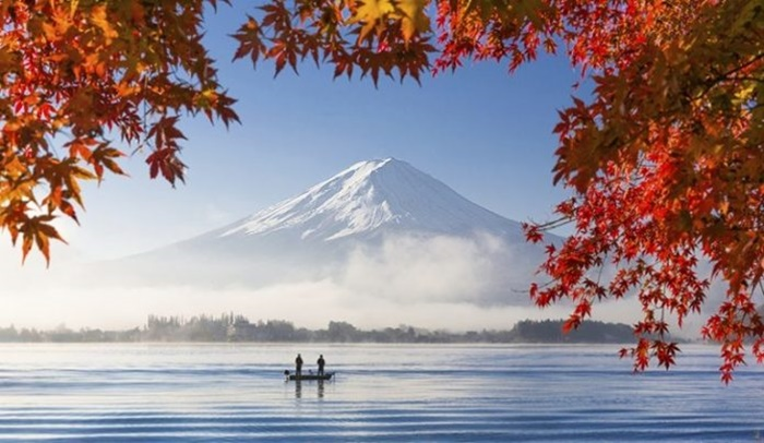 japan-yamanashi-mount-fuji-th