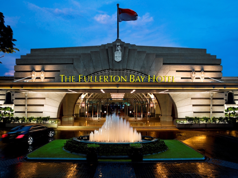 Facade (Night) - The Fullerton Bay Hotel Singapore
