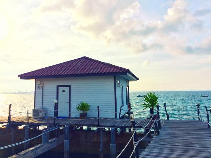 บ้านริมน้ำเกาะล้าน ที่พักเกาะล้าน