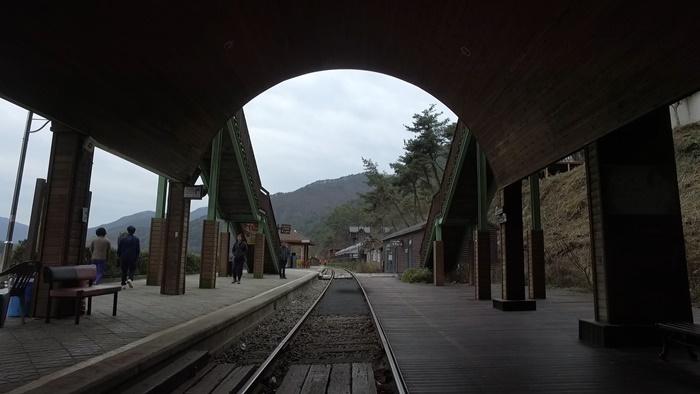 seomjingangtrainvillage12