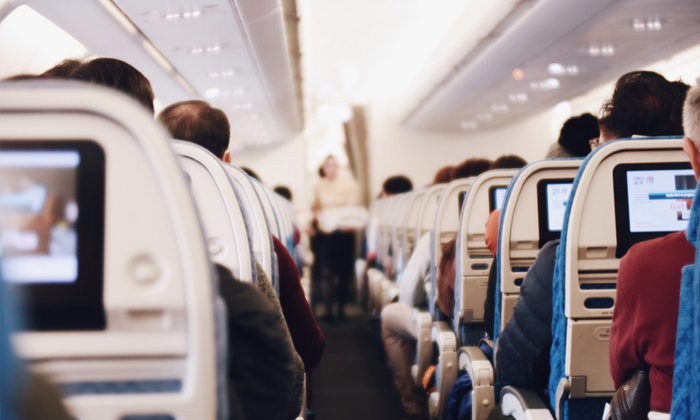 มารยาท 10 ข้อบนเครื่องบินที่ควรปฏิบัติตาม