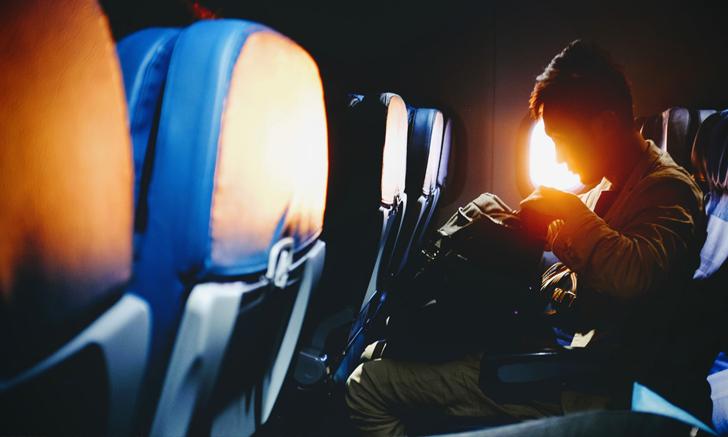 ทำยังไงดีถ้าไม่อยากเก็บสัมภาระไว้ทางด้านหลัง เมื่อต้องเดินทางด้วยเครื่องบิน