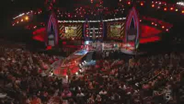 Britney Spears รับรางวัลที่ Teen Choice Awards 200