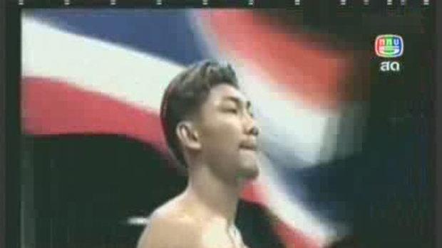 จับ เจ้าโอ๋ นักมวยอดีตแชมป์โลกค้ายาไอซ์