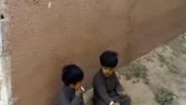 สังคมเด็กดูดบุหรี่