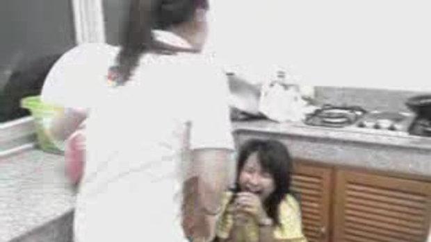 ตบเด็กพยาบาล