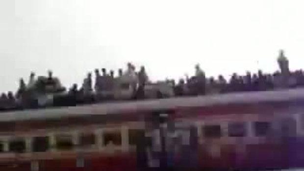 รถไฟขบวนนี้บรรทุกคนมากสุดในโลก