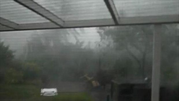 พายุเข้าหน้าบ้าน รุนแรงเหลือเกิน