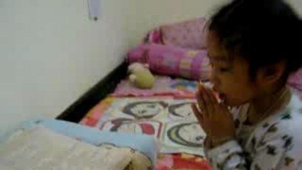 น้องแองจี้ อายุ 3 ขวบ 5 เดือน สวดมนต์ คาถาชินบัญชร