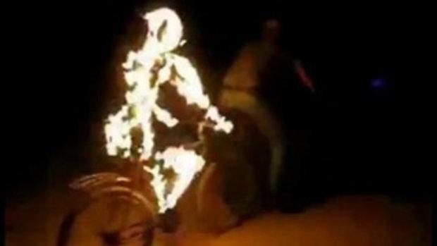 คนไฟ มาปันจักรยานได้ไงเนี่ยะ!