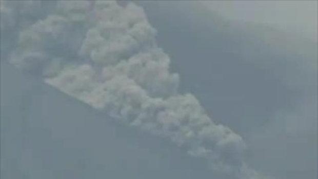 ภูเขาไฟปะทุในอินโดนิเซีย