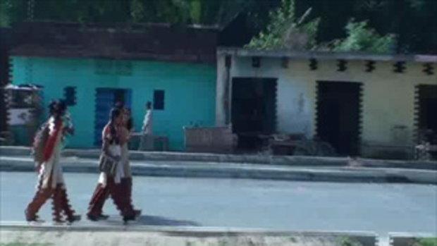 เจโอ๋เวสป้าผจญภัย-แอบถ่ายนักเรียนสาว(อินเดีย)