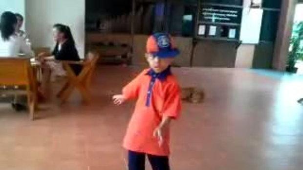 แจ่ม! เด็กไทยเต้น บีบอย