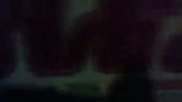 แฉคลิป !! ศปภ. แอบซ่อน กักตุน ของบริจาคน้ำท่วม