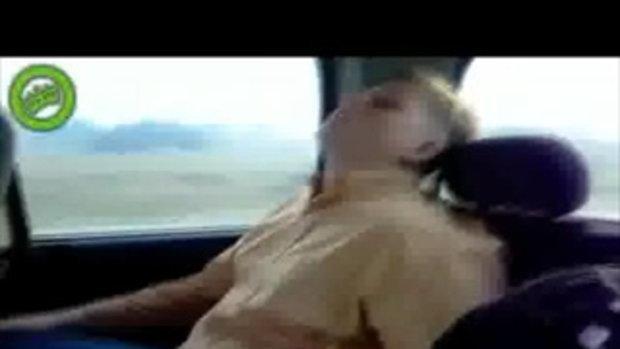 กรุณาอย่าหลับในรถ ฮ่าฮ่าฮ่า