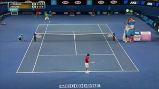Incredible Ball Boy Catch - Aussie Open  by sia.co.th