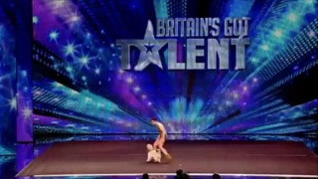 โชว์น้องหมาแสนรู้ ในรายการ Britain's Got Talent