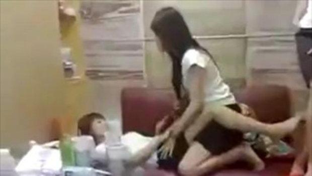 สาวจีน คึก แอบเล่นเสียว